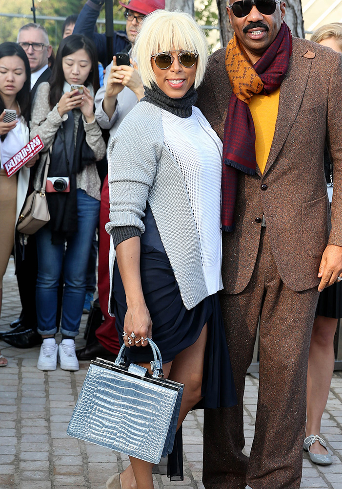 marjorie-harvey-louis-vuitton-deesse-pm-crocodile-bag
