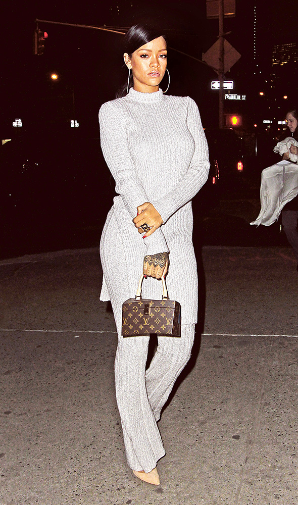 rihanna-louis-vuitton-frank-gehry-twisted-monogram-bag-9