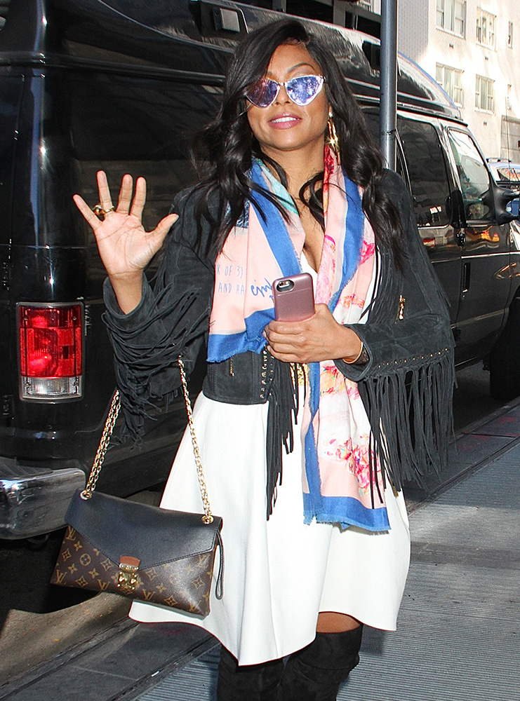 taraji-p-henson-louis-vuitton-pallas-chain-bag