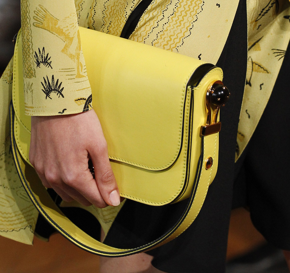 valentino-bags-spring-2017-12
