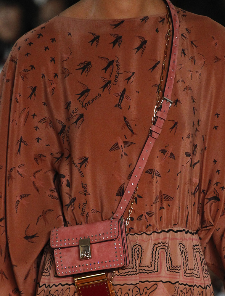 valentino-bags-spring-2017-23