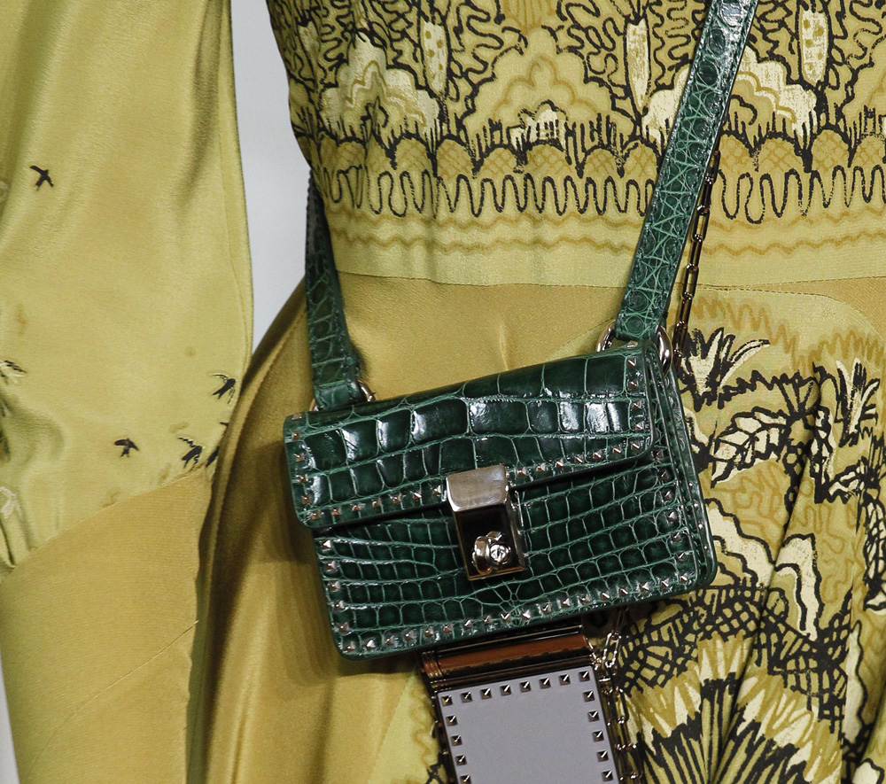 valentino-bags-spring-2017-7