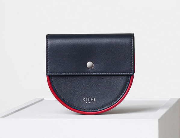 celine-piping-round-purse
