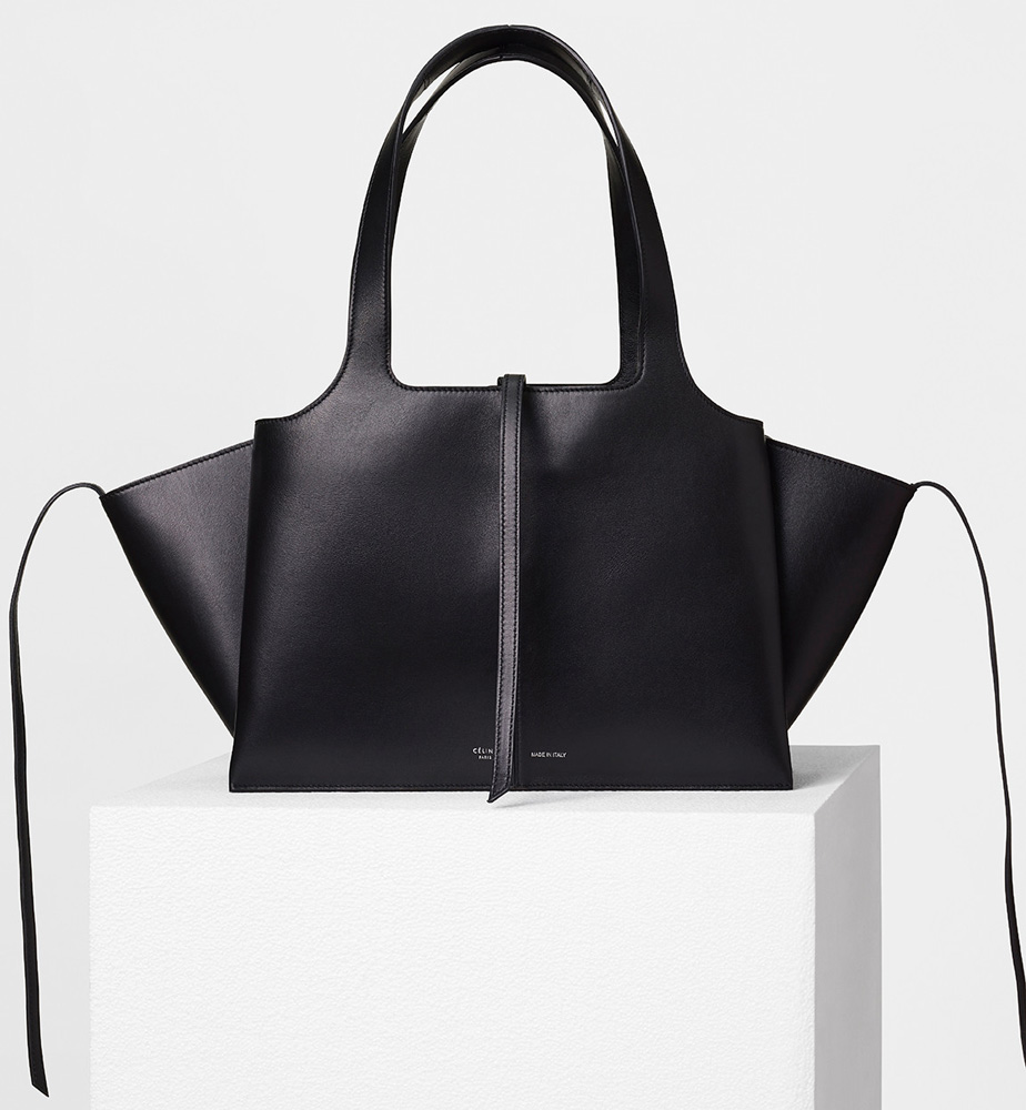 celine-small-trifold-shoulder-bag-black-2900