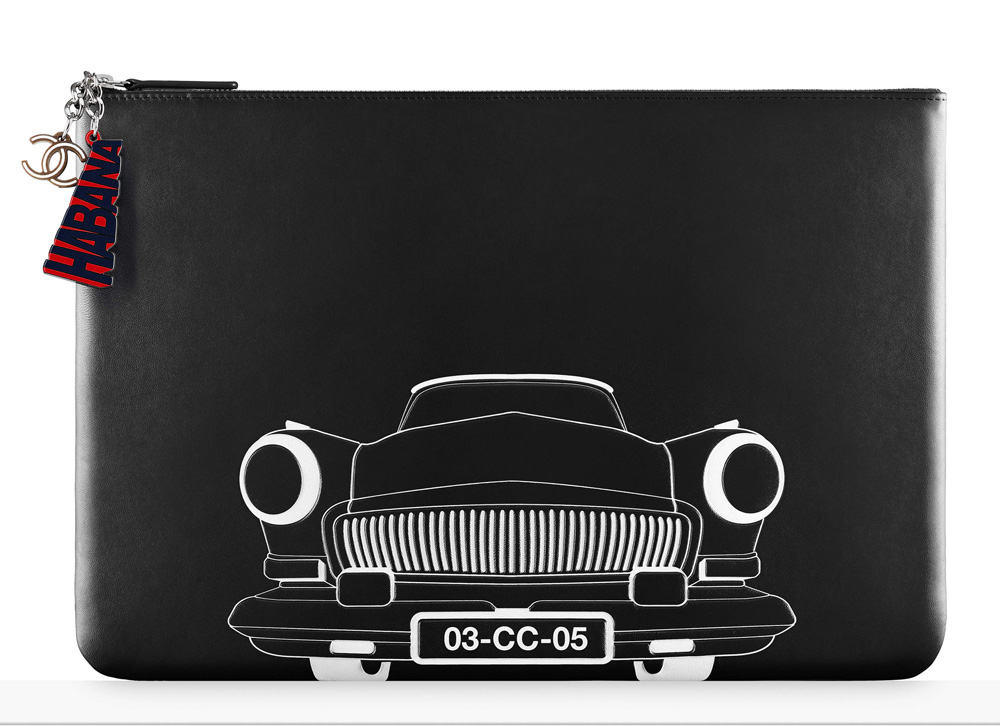 chanel-car-pouch-black-1000