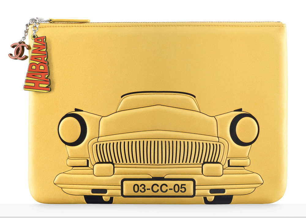 chanel-car-pouch-yellow-925