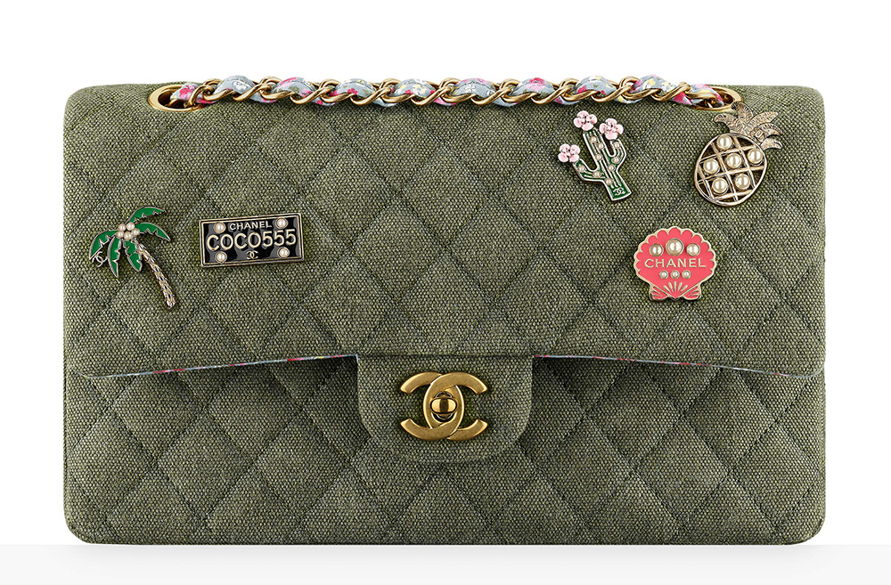 chanel-charms-classic-flap-bag-4200