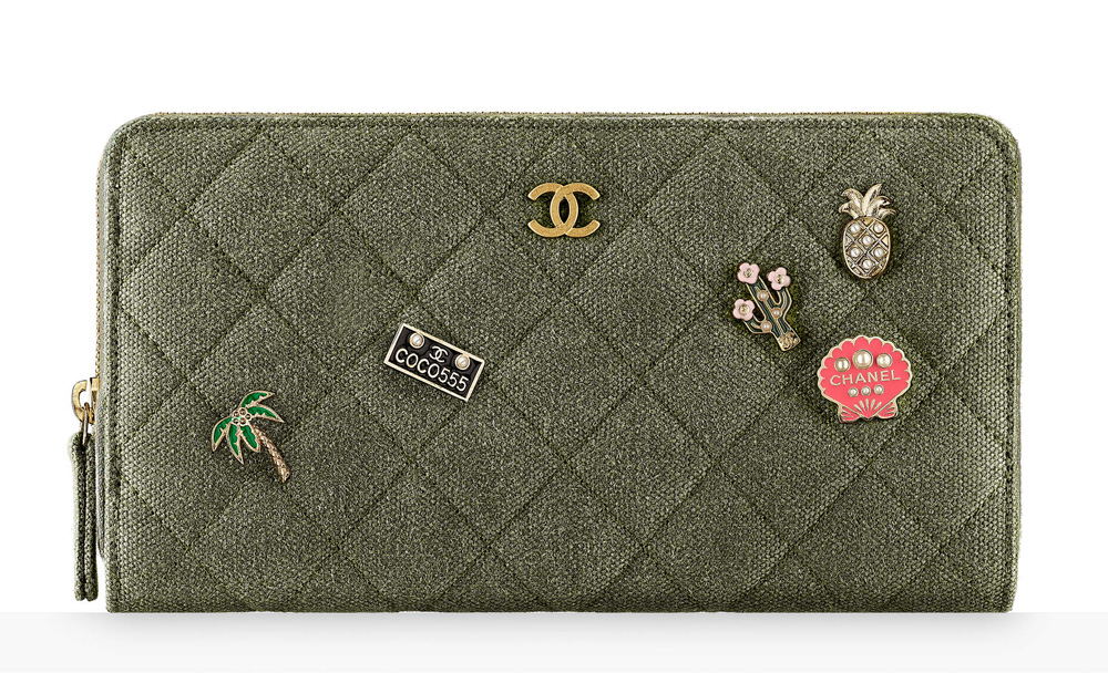 chanel-charms-zipped-wallet-1375