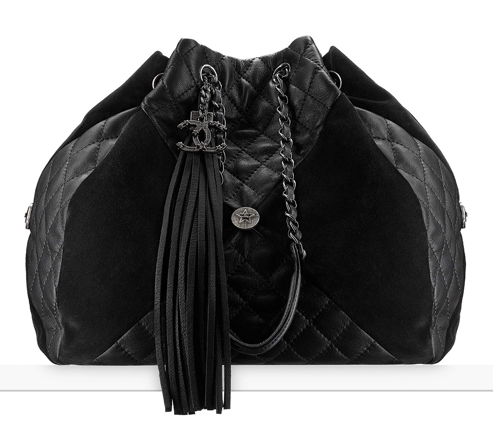 chanel-drawstring-bag-black-4300