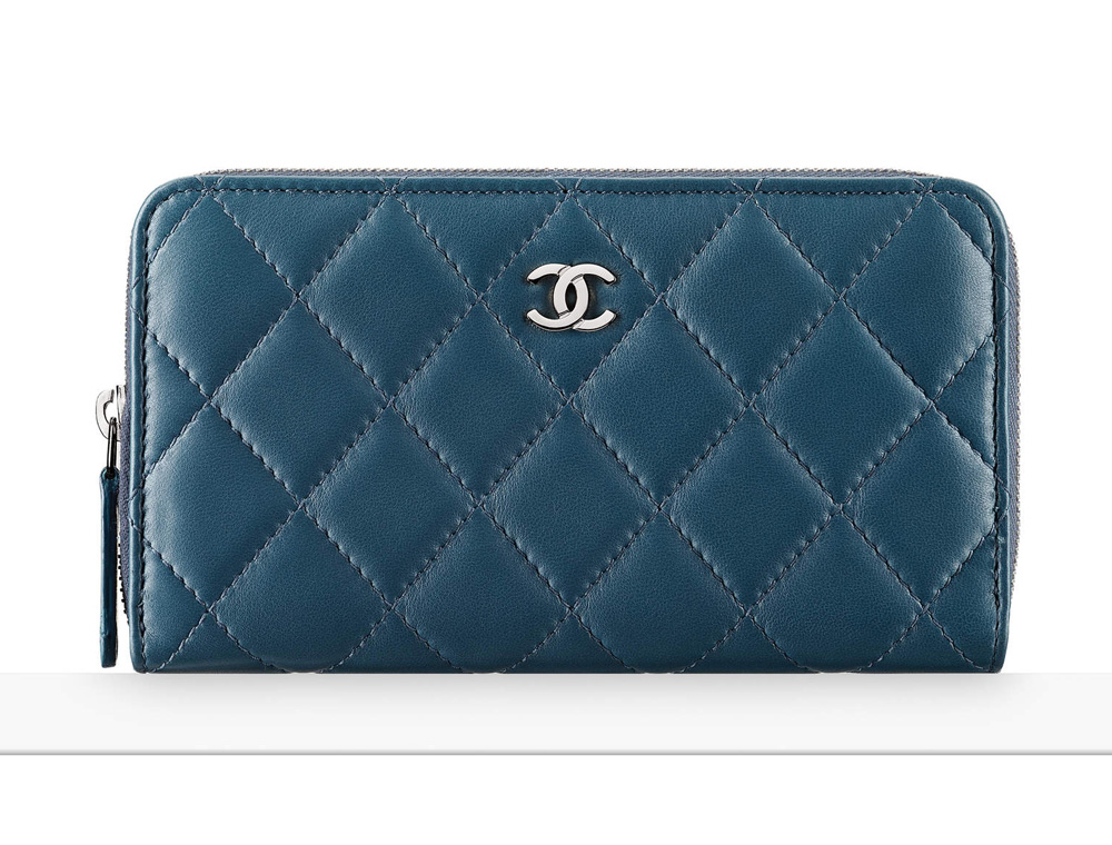 chanel-small-zipped-wallet-blue-700