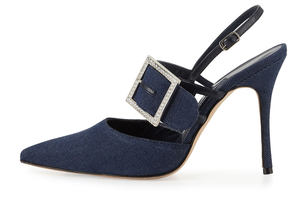 manolo-blahnik-beladona-denim-buckled-slingback-pump