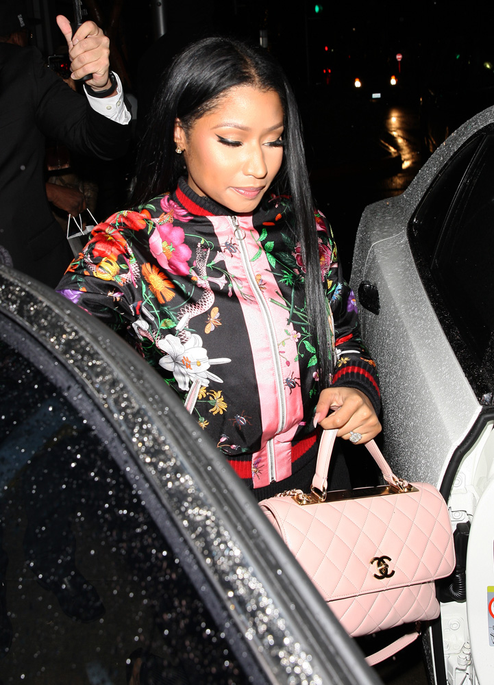 nicki-minaj-chanel-top-handle-flap-bag