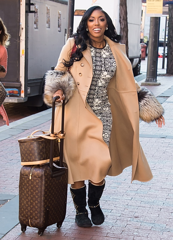 porsha-williams-louis-vuitton-zephyr-suitcase