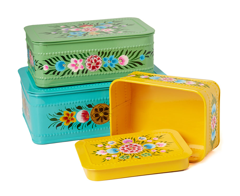 millifiori-painted-metal-nesting-boxes