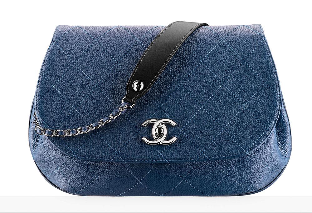 Chanel Messenger Bag 3 200