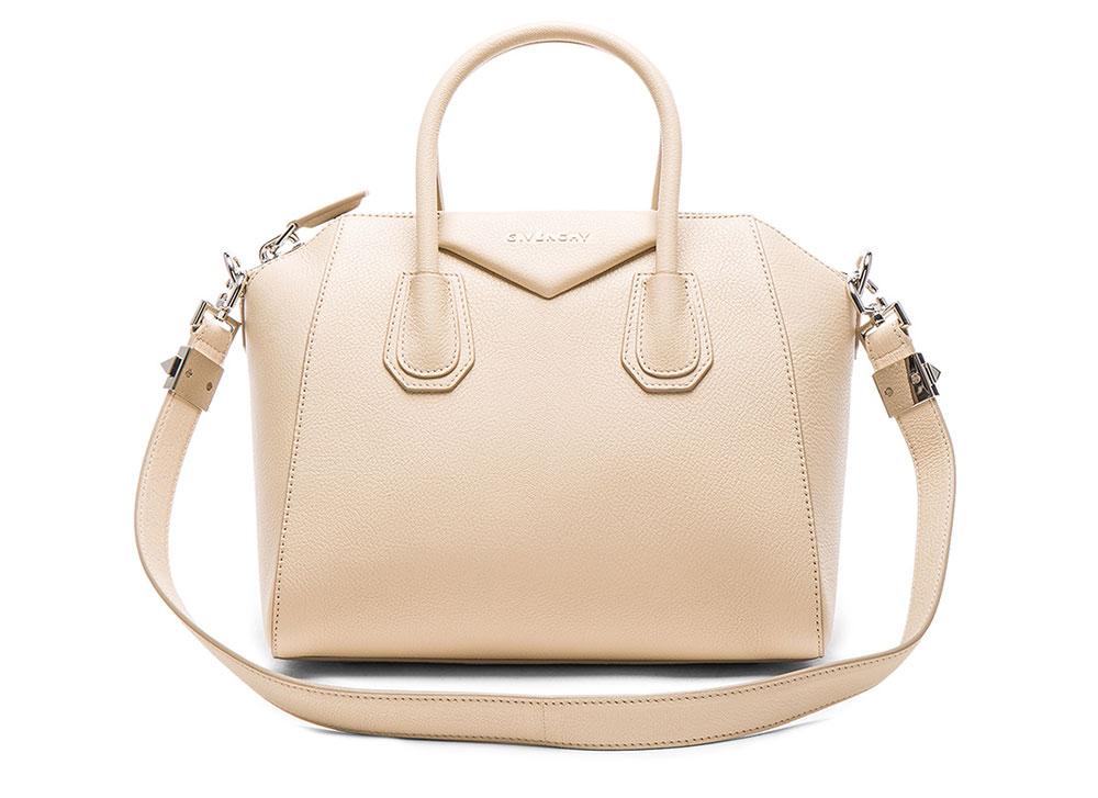3587af41d6e0 The 15 Best Bag Deals for the Weekend of January 13 - PurseBlog