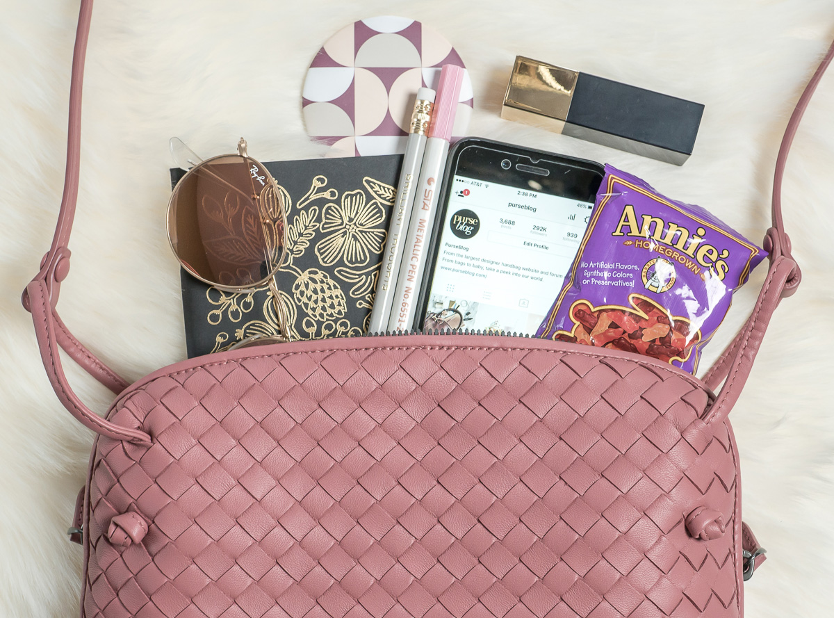 a4c3b75d7c45 Currently Coveting  Bottega Veneta Messenger in Dusty Rose - PurseBlog