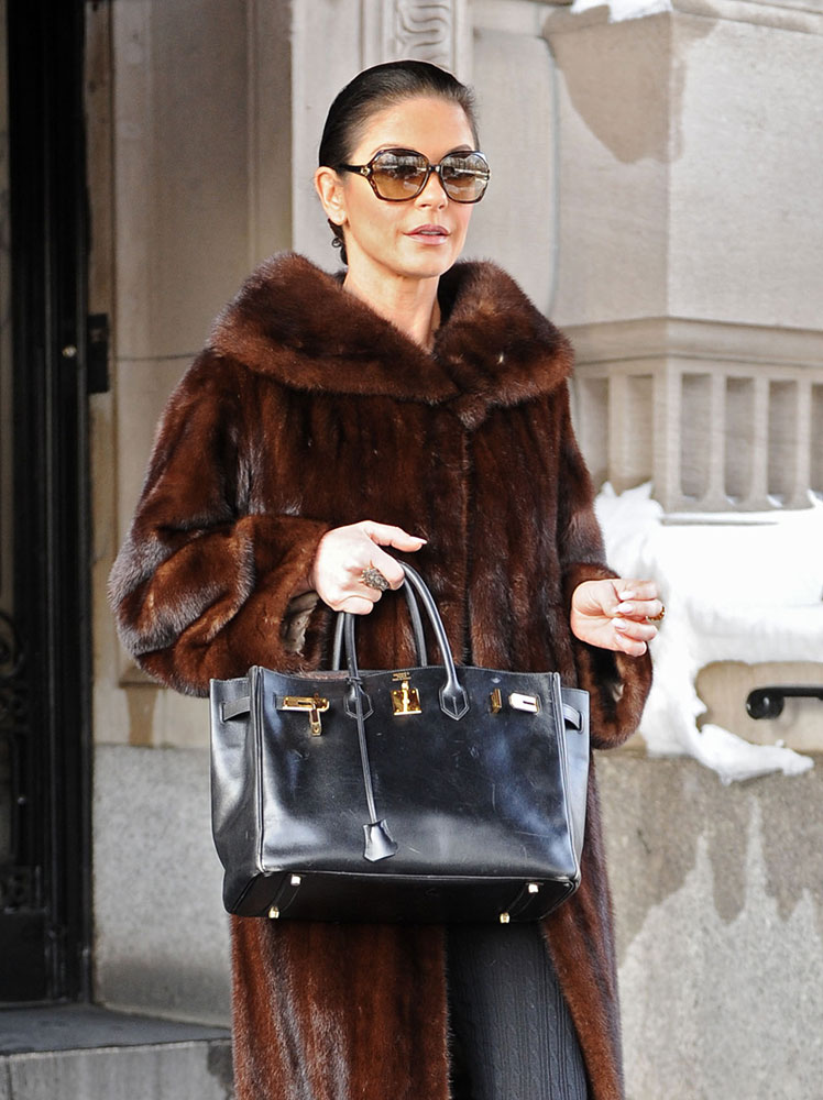 Just Can T Get Enough Catherine Zeta Jones And Her Herm 232 S