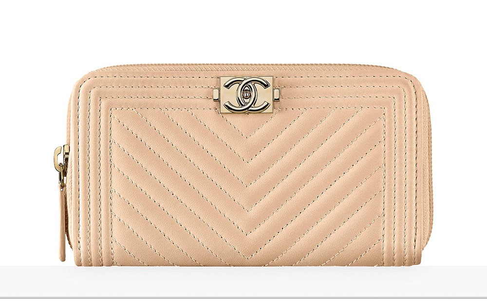 7f6849be914 Check out 75 Pics + Prices for Chanel s Pre-Collection Spring 2017 ...
