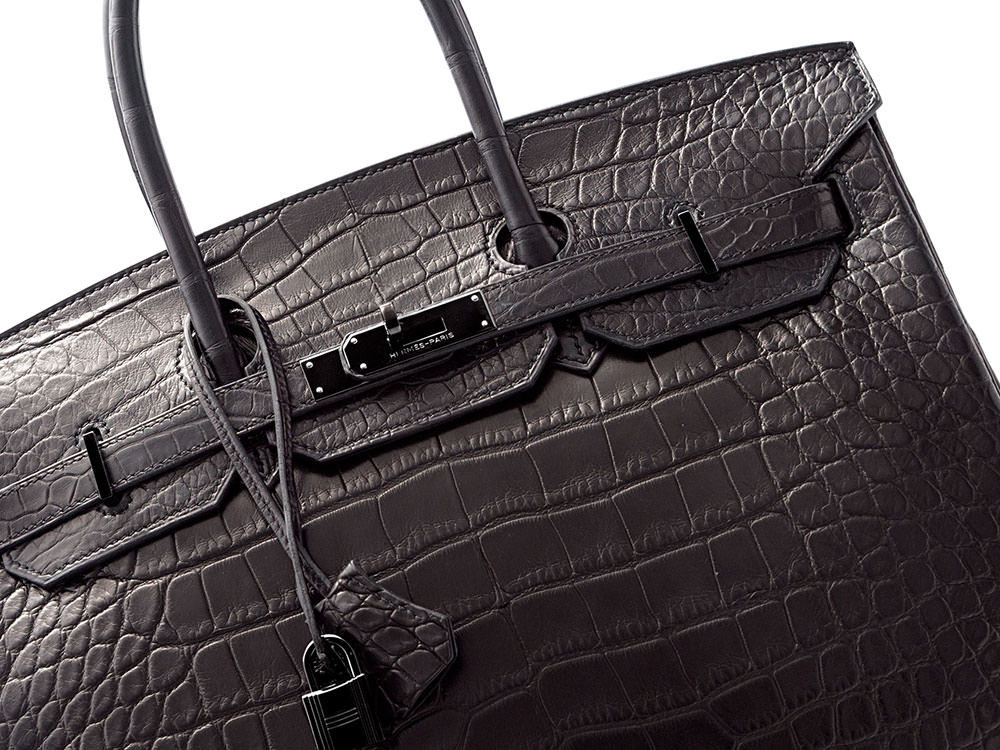 000fc33414c The Heritage Auctions Spring Accessories Auction is Your Chance to Buy Some  of the Rarest Bags in the World