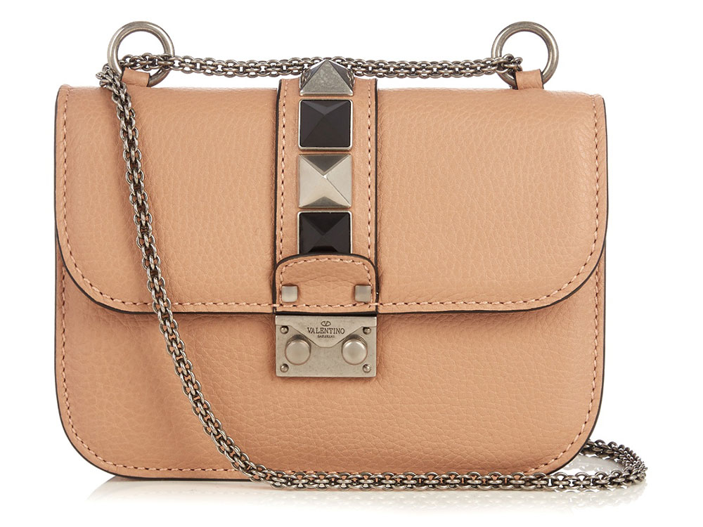 1205792127ec The 15 Best Bag Deals for the Weekend of March 3 - PurseBlog