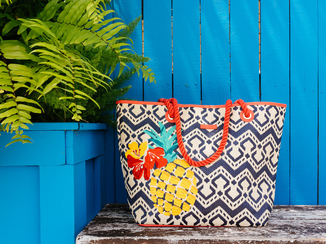 I Found The Perfect Beach Tote From Vera Bradley Purseblog