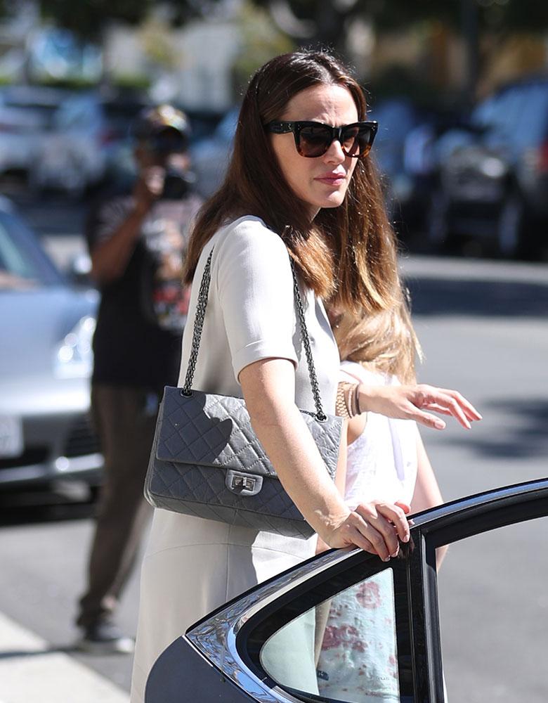 ae60fcdc6bfb Jennifer-Garner-Chanel-255-Flap-Bag - PurseBlog