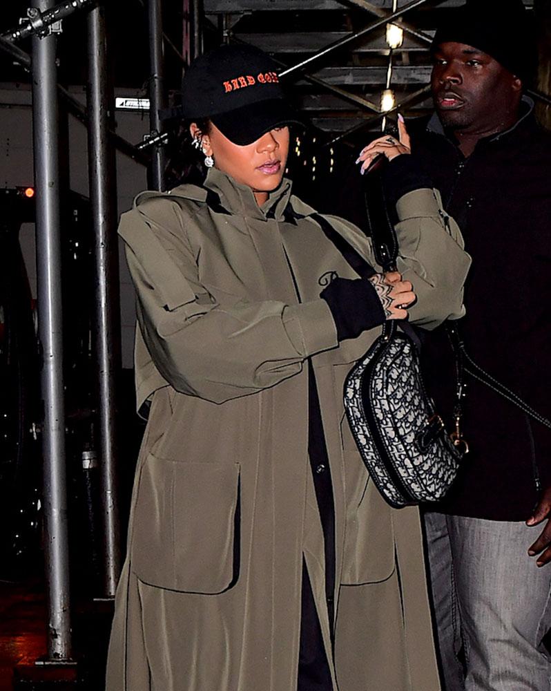 021a7c25683c Just Can t Get Enough  Rihanna and Her Dior Saddle Bag - PurseBlog