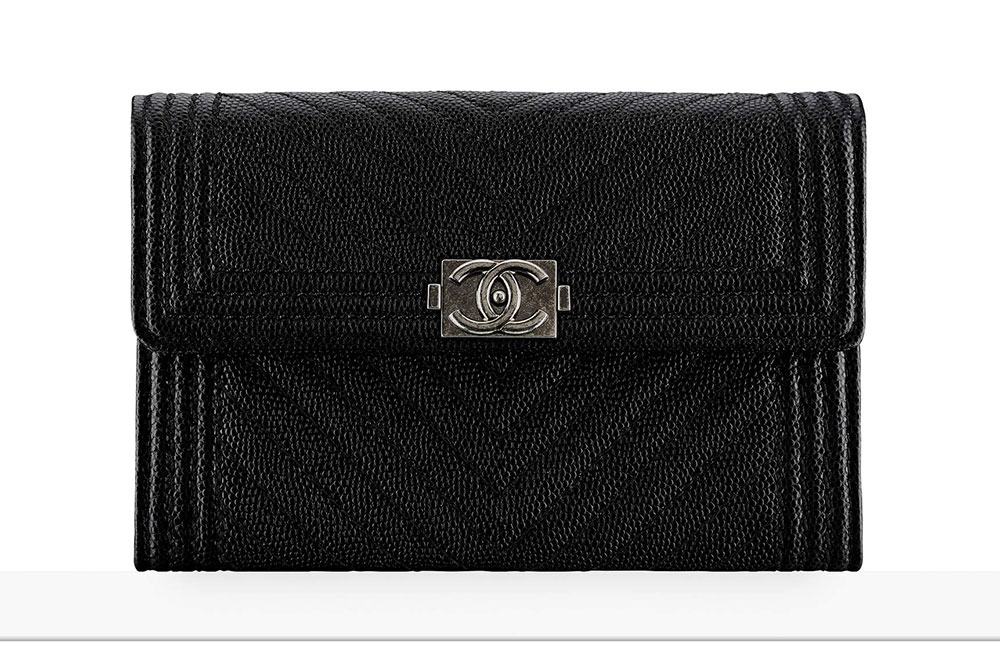 7a36199e530d Chanel Debuts 60 New Wallets, WOCs and Small Leather Goods with ...