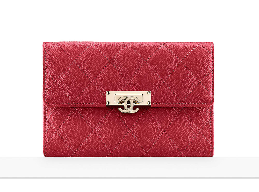 4ee362649dd855 Chanel Debuts 60 New Wallets, WOCs and Small Leather Goods with ...