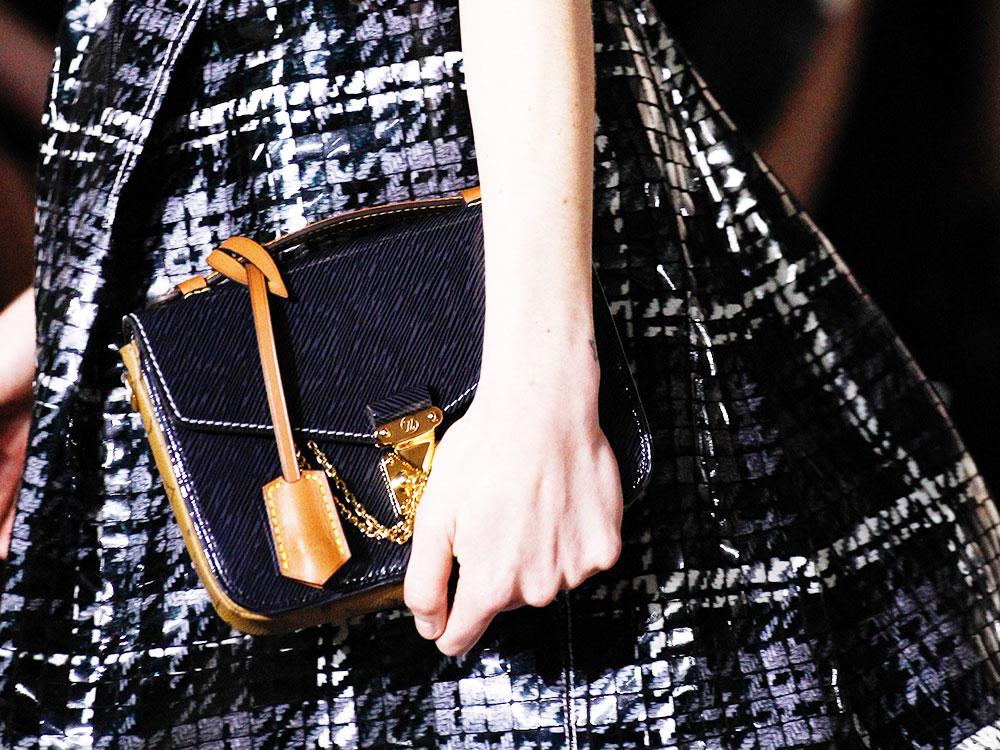426204280401 The Super-Popular Louis Vuitton Pochette Mètis Bag Now Comes in a Brand New  Mini Size