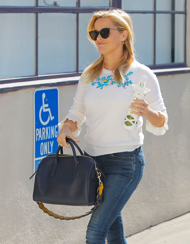 68c576b9aa59a Kerry Washington and Reese Witherspoon Have New Bags