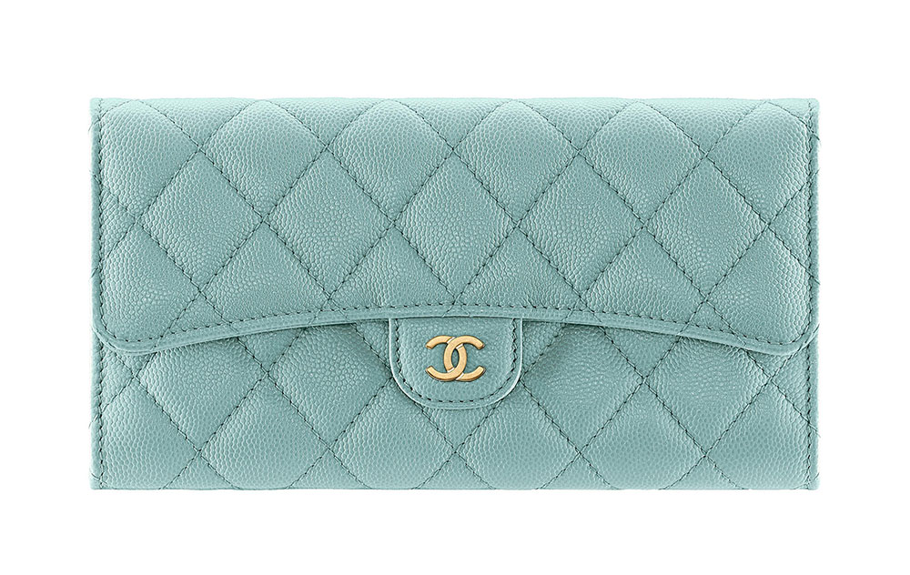 1bd97ecf1e2c 70+ Wallets, WOCs, Accessories from Chanel's Cruise 2018 Collection ...