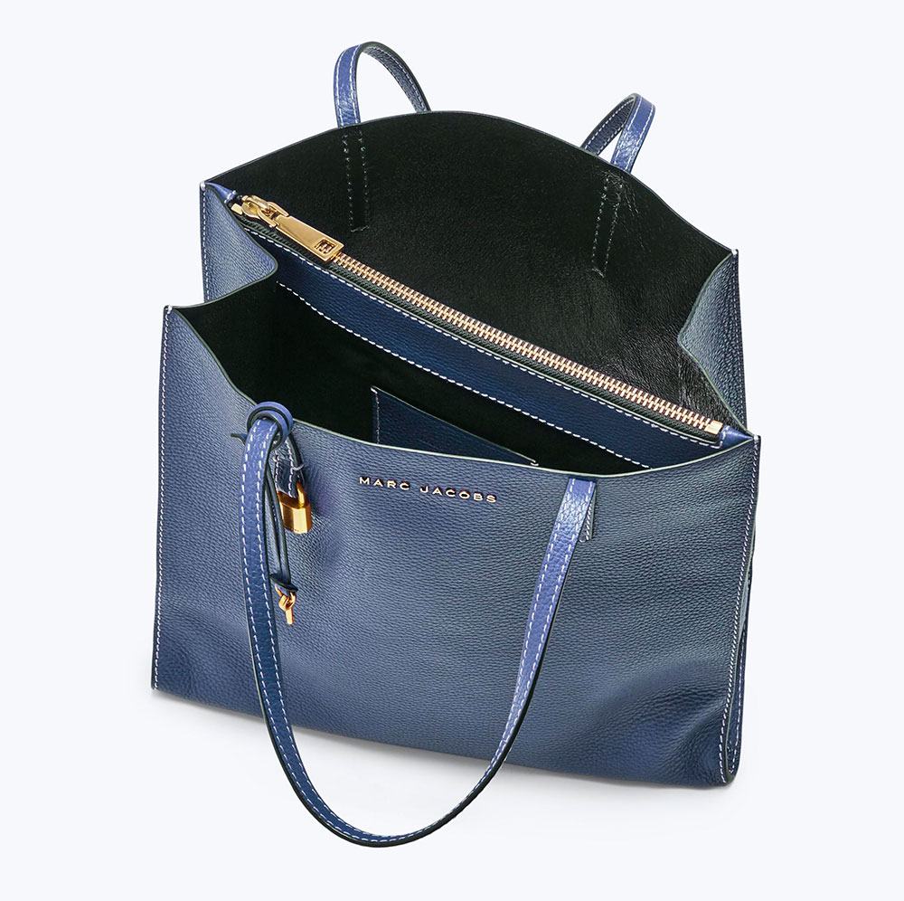 01ccf88740f6 The Marc Jacobs Grind Tote is a Perfectly Functional, Subtle Bag for ...