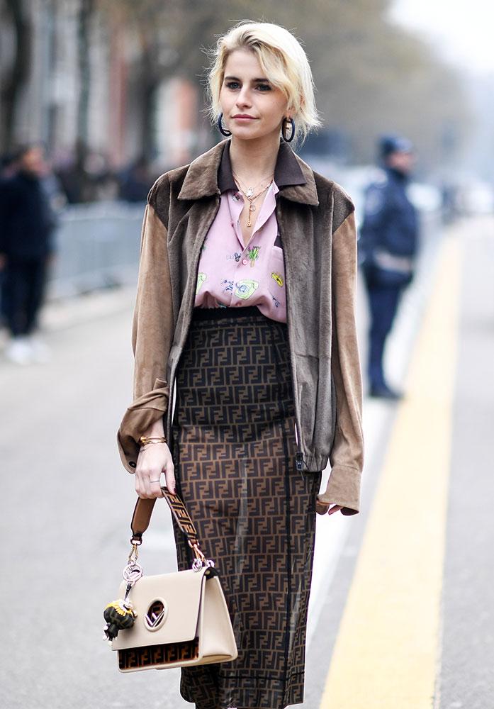 german fashion blogger caro daur and her handbags deserve