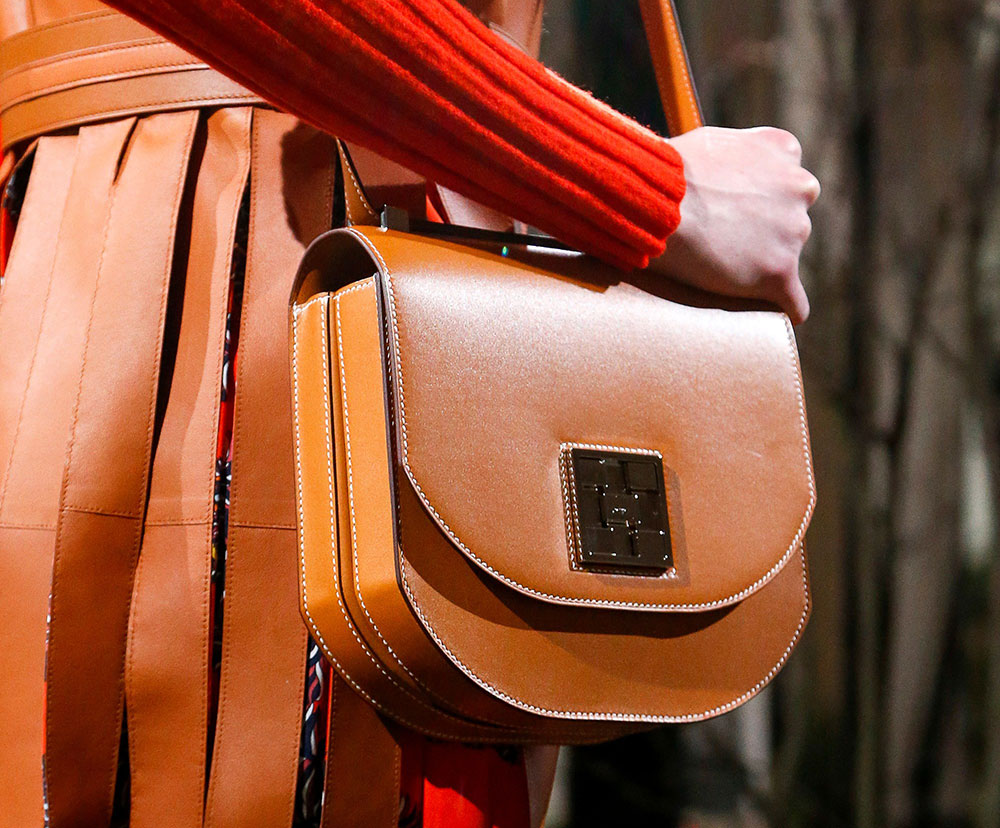 9743b07394e9 Hermès Makes Some Curious Decisions with Its Pre-Fall 2018 Runway ...