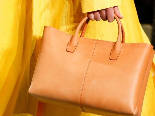 Mansur Gavriel Debuts a Slew of New Bag Shapes on Its See-Now, Buy-Now Spring 2018 Runway
