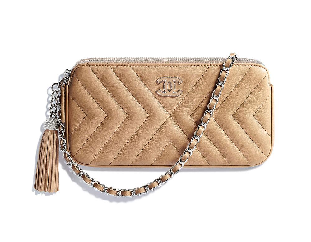 Chanel-Clutch-with-Chain-Beige-2100 - PurseBlog 95fe941cfc9c3