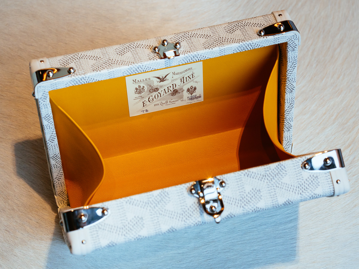 Boutiques In Chicago >> A Close Look at the New Goyard Minaudiere - PurseBlog