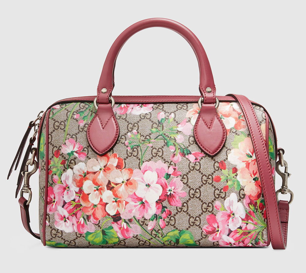 36a4eeeaa890 20 Gucci Logo Bags Under $1,500 to Get You Into Fashion's Buzziest