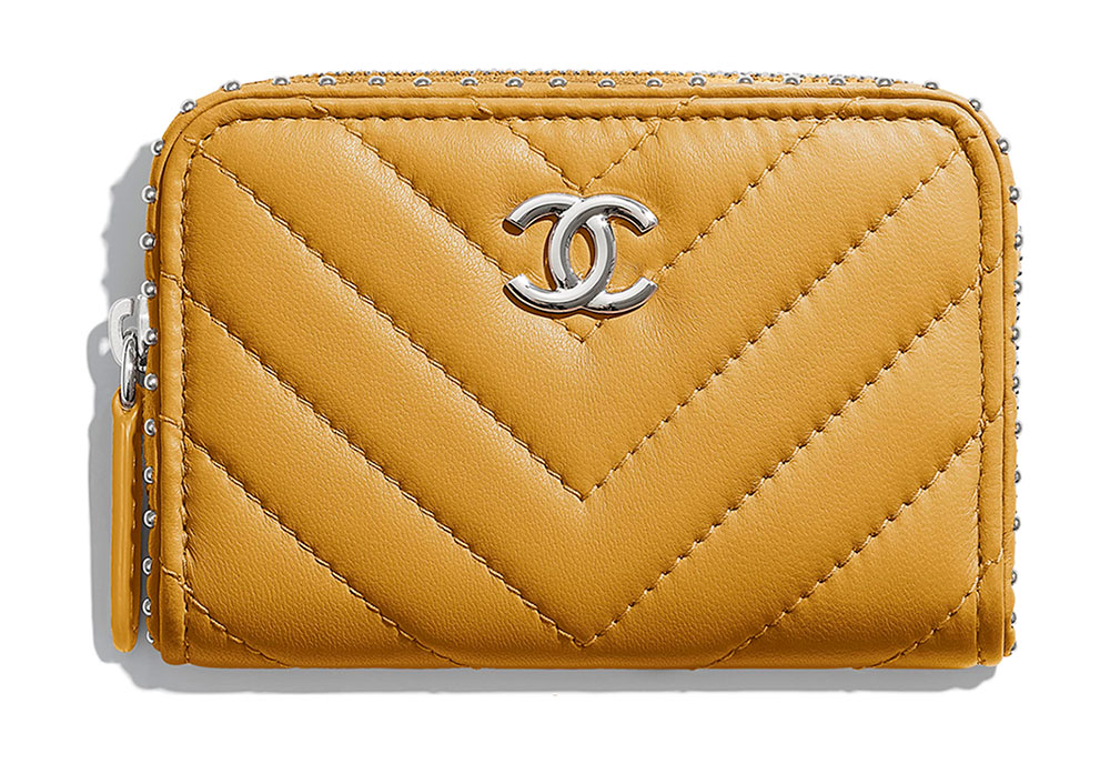 7d44307f250a41 Check Our More 65 New Chanel Wallets, WOCs and Accessories from ...