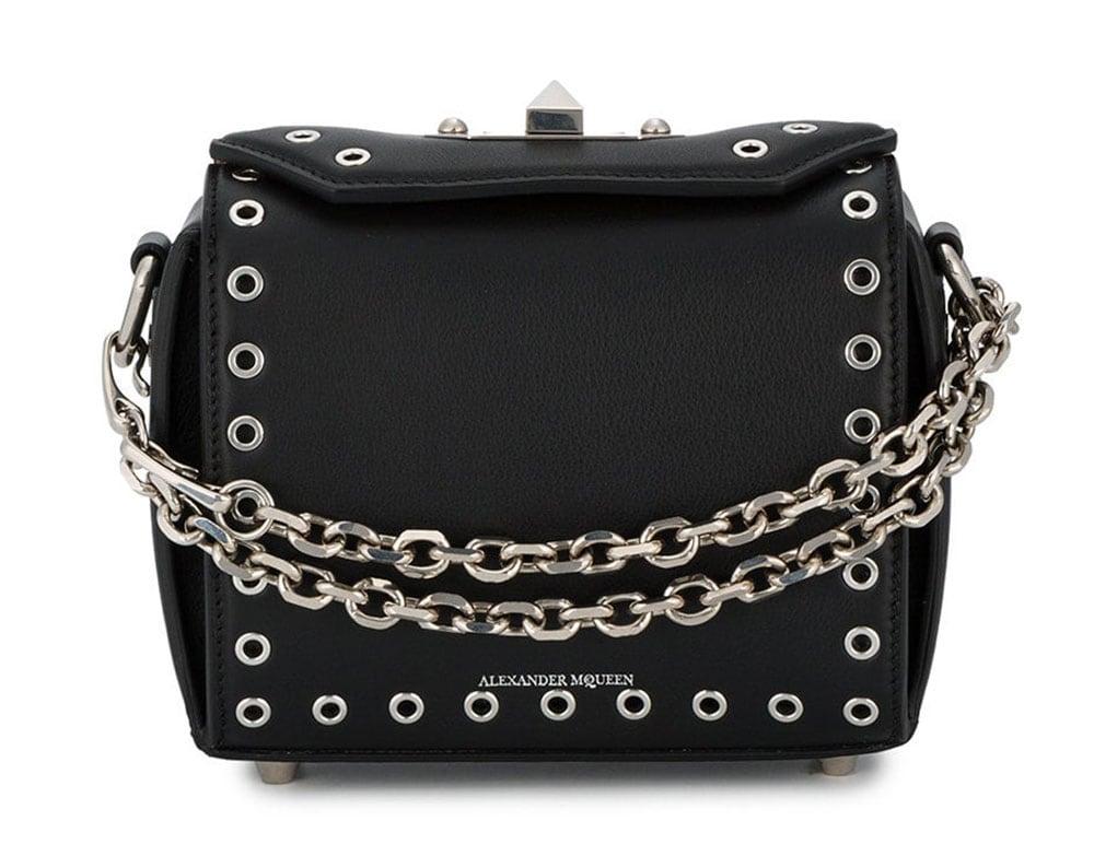 583cfa6f77 The 12 Best Bag Deals for the Weekend of September 7 - PurseBlog