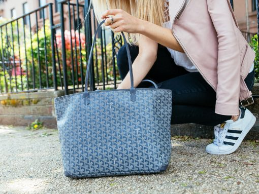 Celebrate the 6th Annual National Handbag Day With Us!
