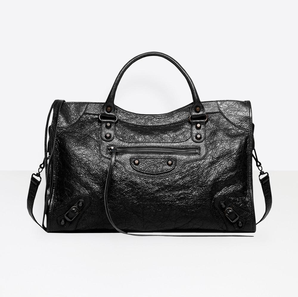 b62331e38e Timeless Classic or Nostalgic Throwback: Is The City Bag a Good ...