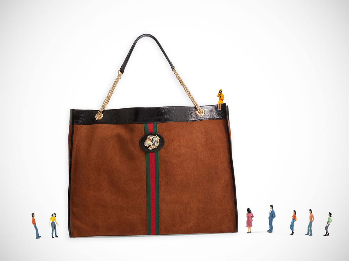 9087cecffd Giant Bags Need to Come Back Into Style Immediately - PurseBlog