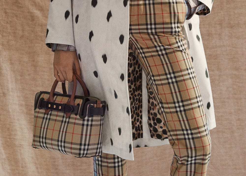 Burberry's Pre-Fall 2019 Bags Feature a Whole Lot of Logo ...