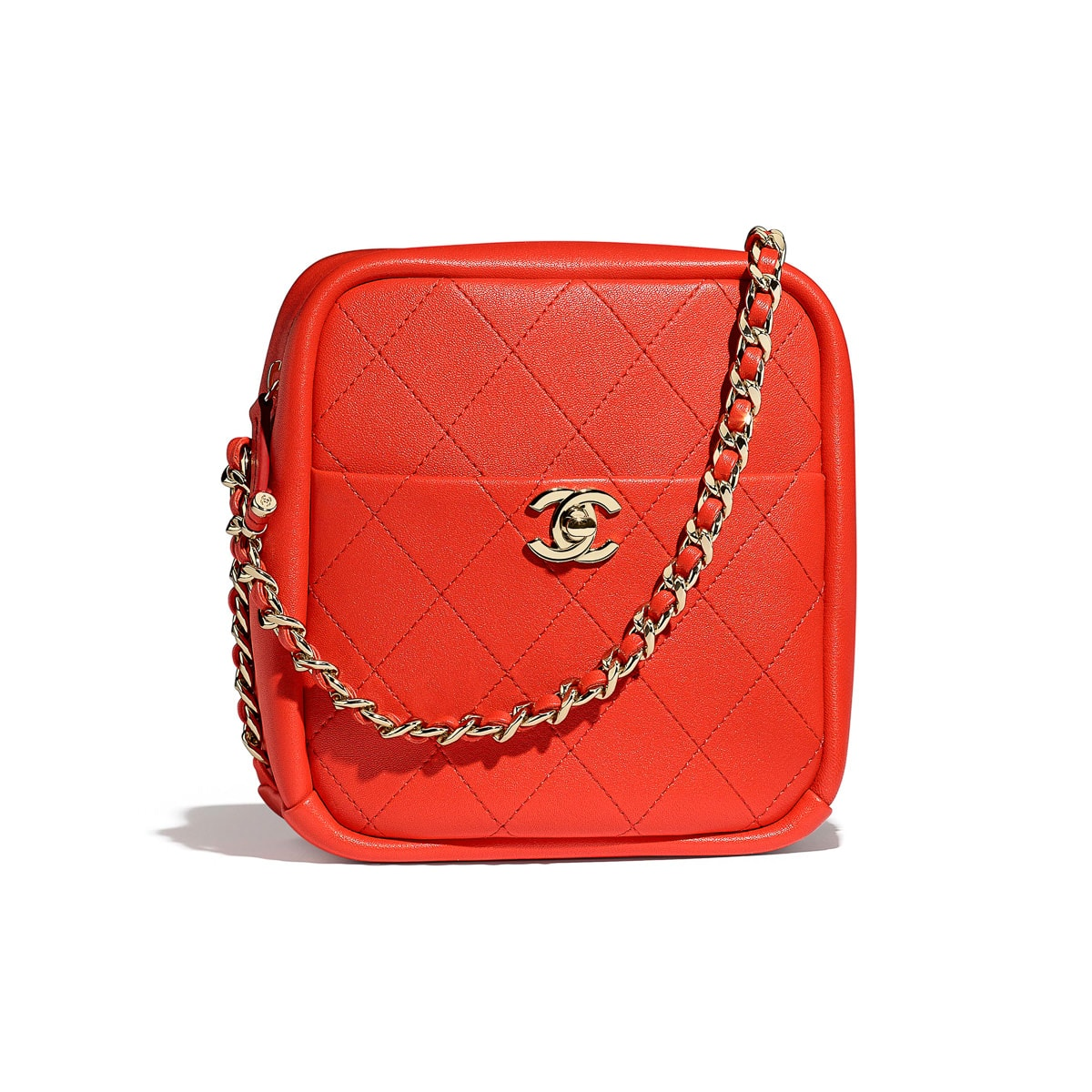 a5feed42c62e We've Got Over 100 Pics + Prices of Chanel's Nautical ... -. Chanel Cruise  2019 Seasonal Bag Collection ...