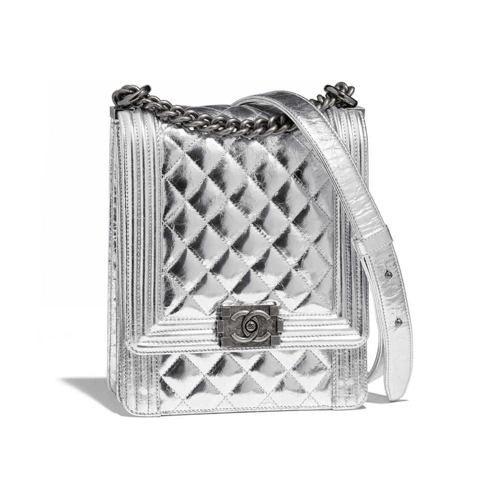 ca0c327523b73 boy-chanel-handbag-silver-goatskin-ruthenium-finish-metal-goatskin-ruthenium -finish-metal-packshot-default-as0130y8418545002-8809173614622