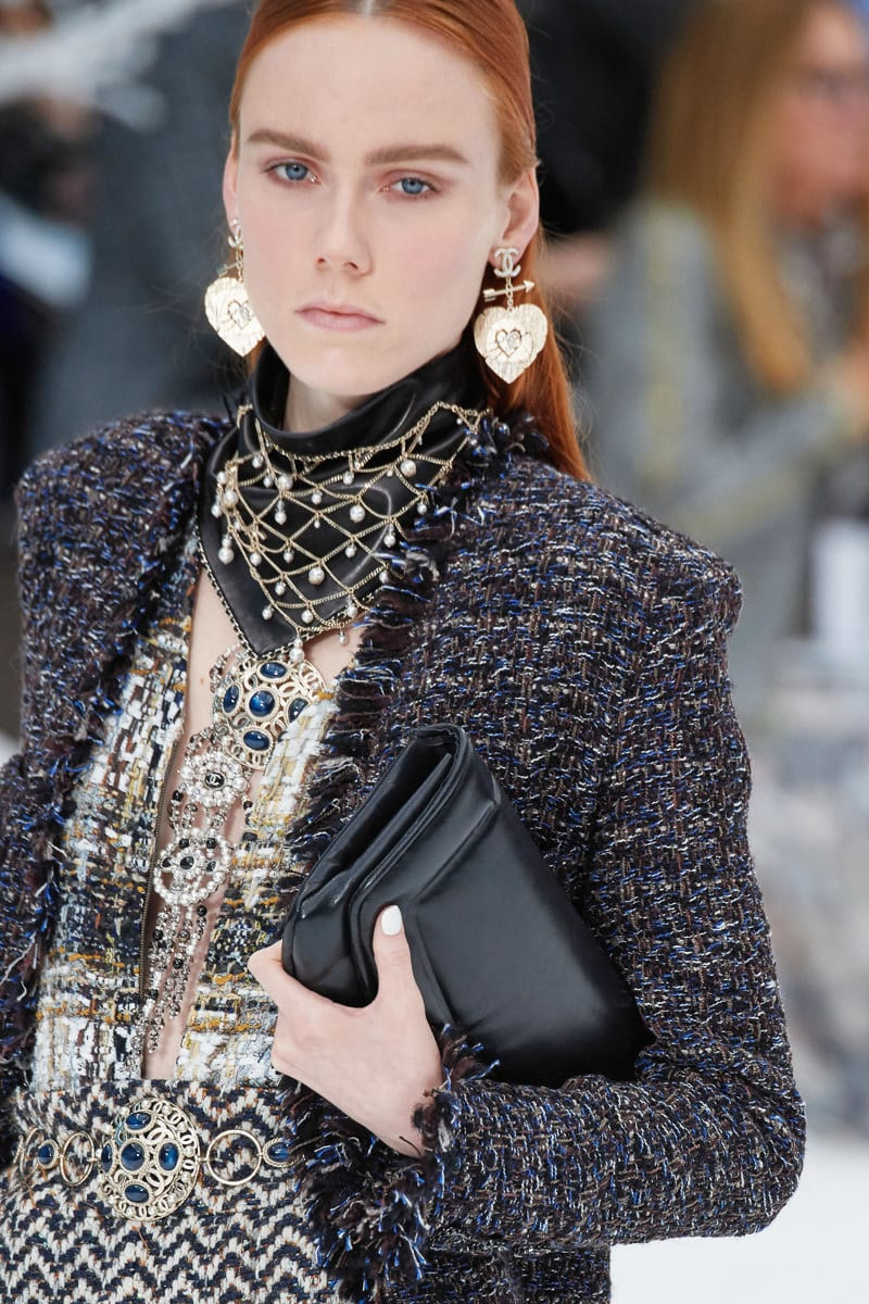 It Certainly Felt Like Winter At Chanel S Fall 2019 Runway