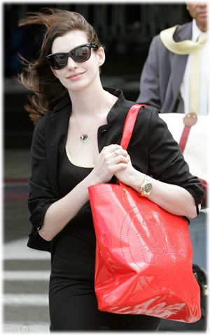 Anne Hathaway Tory Burch Patent Leather T Tote